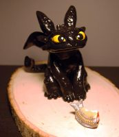 Toothless Sculpture by TsaoShin