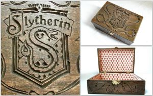 SLYTHERIN HOUSE BOX by MassoGeppetto