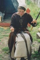 Spinning woman viking period by Whorl-2