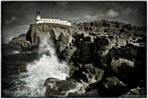 Neistpoint Lighthouse by nahojsennah
