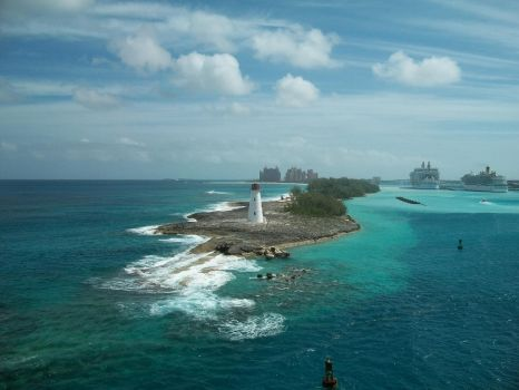Bahamas Port by TonyWindy