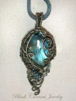 Big Labradorite with Dark Wire by blackcurrantjewelry