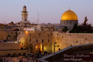 The Western Wall at night by anduinphoto
