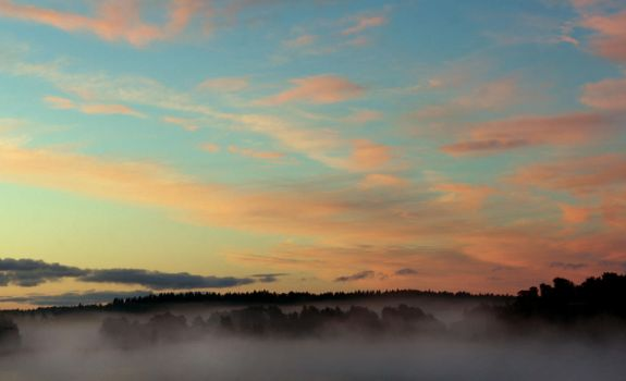Foggy morning by KariLiimatainen