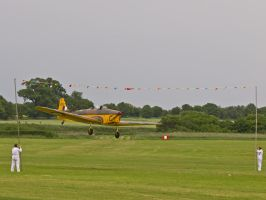 Miles Magister Barnstorming by davepphotographer