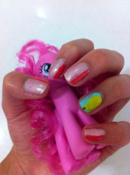 Pinkie Pie themed nails by emtheomelette