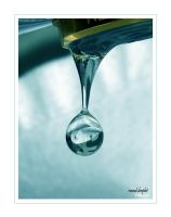 round droplet by ninazdesign