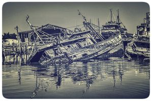 The loneliness of life at sea by FabioDeus