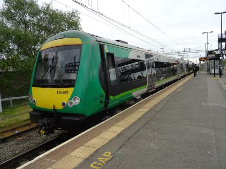 LM 170 509 at Rugeley Trent Valley by BoomSonic514