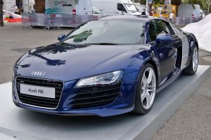 Audi R8 by FLYP93
