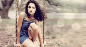 Katie Holmes by sirdavidnoise