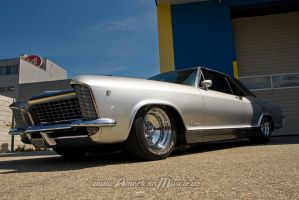 Custom Riviera I by AmericanMuscle