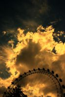 London's eye by Shadoisk