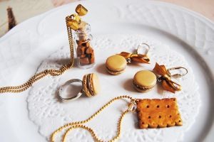 Caramel Handmade Polymer clay jewelry by OhlalaMademoiselle