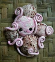 Octopus Shell Hoarder Magnet by BlackMagdalena