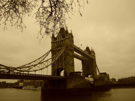 London Brudge by elisetta-the-dreamer