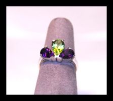 Amethyst and Peridot Ring by manwithashadow