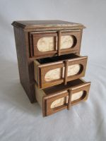 small jewelry chest by DMSscroller