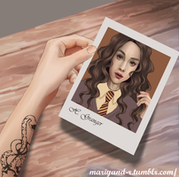 Dramione: Holding Her Photo by Mariyand-R