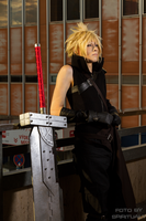 Cloud Strife FF7 AC cosplay III by Akitozz6