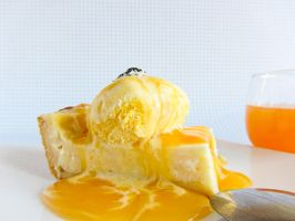 Cheesecake with orange ice cream by dabbisch