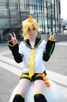 Len: Peace x2 by RinLouise