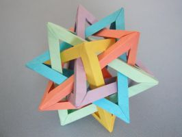 Five intersecting tetrahedra by UzeninaG