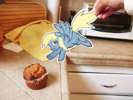 Derpy wants a muffin by MysteryMint