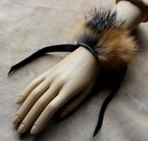 Gray fox fur bracelet by lupagreenwolf