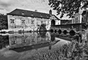 Castle Schaloen II - Oud Valkenburg by ThomasHabets