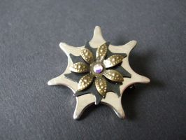 Flower-brooch by Xenaris