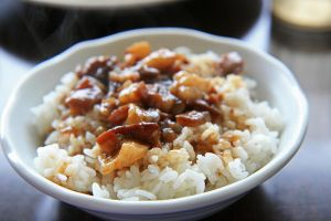 Braised pork rice by patchow