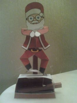 Santa Gangnam Style Machine Papercraft Finished by rubenimus21