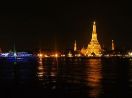 Wat Arun Bangkok Thailand by SheltieWolf