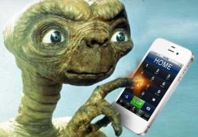ET phone home by Brandtk