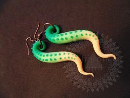 tentacle earrings by shandio