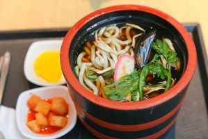 Udon in a pail by patchow