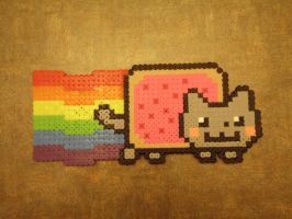 Bead Sprite - Nyan Cat by Cuttlefish43