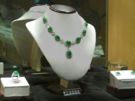 $1.8 million jade necklace by wombat1138