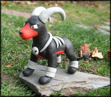 Houndoom Sculpture by HollieBollie