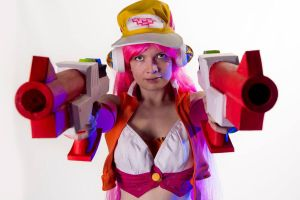 Arcade Miss fortune cosplay by envoysoldiercosplay