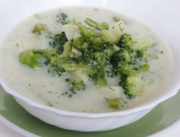 Chunky Cream of Broccoli Soup by Kitteh-Pawz