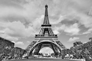 Tour Eiffel III - Paris by ThomasHabets