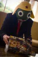 Sgt. Frog / Keroro Gunso debut with Gundam Model! by negativedreamer