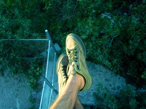 keep your feet on the ground by puoplazio