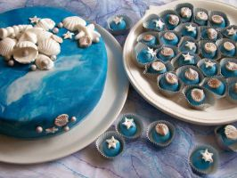 fondant cake and candies by snejuranka