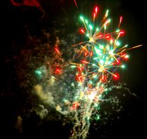 Red/Green Firework by Mr-Goldfish