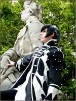 Lelouche and Statue by shushuwafflez