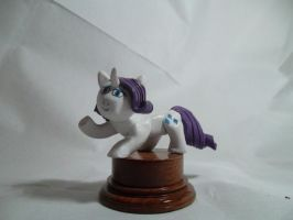 Rarity statuette by McMesser