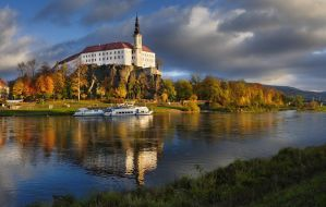 - Castle Decin - by UNexperienced